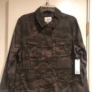 NWT Petite XL camo utility jacket